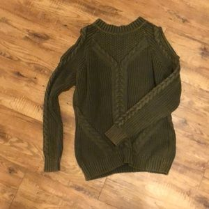 Heavy Cold Shoulder sweater